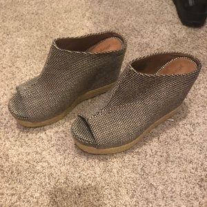 Jeffrey Campbell Wedges size 7.5- New!